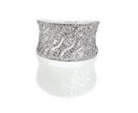 Το διαμάντι το δαχτυλίδι γαμήλιας επετείου engagment Στοκ φωτογραφία με δικαίωμα ελεύθερης χρήσης