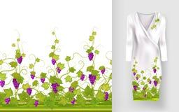 Το διανυσματικό σχέδιο των αμπέλων με τα φύλλα και τα μούρα στις κλασικές γυναίκες ` s ντύνουν το πρότυπο Στοκ Φωτογραφίες