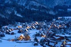 Το ιστορικό χωριό shirakawa-πηγαίνει το χειμώνα στοκ εικόνα