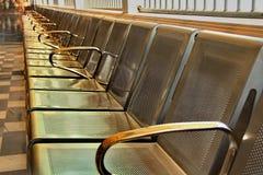 Το κάθισμα τοποθετεί δημόσια Στοκ εικόνα με δικαίωμα ελεύθερης χρήσης