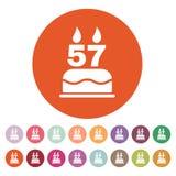 Το κέικ γενεθλίων με τα κεριά υπό μορφή αριθμού 57 εικονίδιο σύμβολο γενεθλίων επίπεδος Στοκ φωτογραφία με δικαίωμα ελεύθερης χρήσης