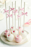 το κέικ σκάει το γάμο Στοκ Εικόνα
