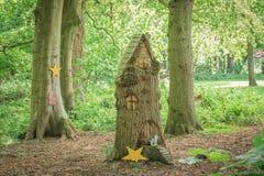 Το κέντρο του Glen νεράιδων με τις γλυπτικές δέντρων των κατοικιών νεράιδων στο πάρκο Troon Σκωτία Fullarton στοκ φωτογραφίες