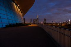 Το κέντρο Aquatics τη νύχτα, Λονδίνο στοκ φωτογραφία
