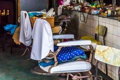 Το κατάστημα του παλαιού κουρέα στοκ εικόνα με δικαίωμα ελεύθερης χρήσης