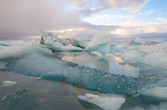 Το καταπληκτικό παγόβουνο της Ισλανδίας Jokulsarlon Στοκ Εικόνες
