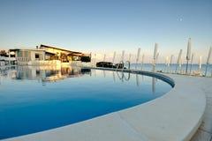 Το καλοκαίρι κολυμπά τη λίμνη Στοκ φωτογραφία με δικαίωμα ελεύθερης χρήσης