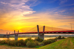 Το καλώδιο έμεινε γέφυρα πέρα από τον ποταμό Vistula Στοκ Εικόνες
