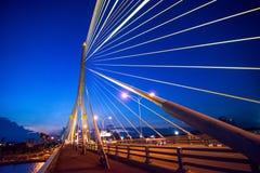 το καλώδιο γεφυρών έμειν&eps Στοκ Εικόνες