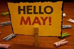 Το κείμενο γραψίματος λέξης γειά σου μπορεί κινητήριος να καλέσει Η επιχειρησιακή έννοια για την έναρξη ενός νέου μήνα Απρίλιος ε Στοκ Εικόνες