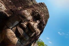 Το κεφάλι στο ναό Angkor Wat Bayon πετρών Στοκ φωτογραφία με δικαίωμα ελεύθερης χρήσης