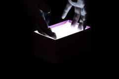 το κιβώτιο δίνει μαγικό Στοκ φωτογραφία με δικαίωμα ελεύθερης χρήσης