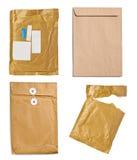 Το κιβώτιο φακέλων συσκευασίας ταχυδρομείου χρησιμοποίησε ανοικτό ταχυδρομικό στοκ φωτογραφίες με δικαίωμα ελεύθερης χρήσης