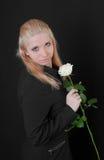 το κορίτσι αυξήθηκε λευκό Στοκ φωτογραφία με δικαίωμα ελεύθερης χρήσης