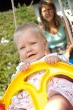 το κορίτσι διασκέδασης έ&ch στοκ εικόνες με δικαίωμα ελεύθερης χρήσης