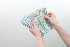 Το κορίτσι είπε 10000 δολάρια υπό εξέταση Στοκ φωτογραφίες με δικαίωμα ελεύθερης χρήσης