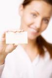 το κορίτσι καρτών κρατά Στοκ εικόνα με δικαίωμα ελεύθερης χρήσης