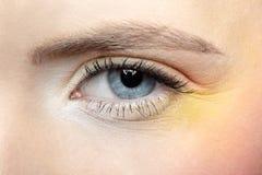 το κορίτσι ματιών κάνει το s & Στοκ Εικόνα