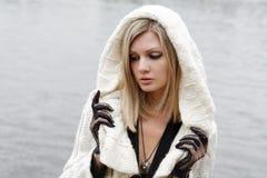 Το κορίτσι στην απελπισία και τη θλίψη Στοκ Εικόνες