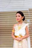 Το κορίτσι στο σύνολο της Ταϊλάνδης Στοκ φωτογραφίες με δικαίωμα ελεύθερης χρήσης