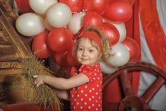 Το κορίτσι τσίρκων Στοκ φωτογραφίες με δικαίωμα ελεύθερης χρήσης