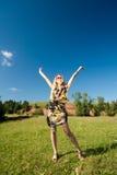 το κορίτσι χαίρεται το κ&alpha Στοκ Εικόνες
