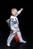 το κοστούμι αγοριών αστροναυτών απομόνωσε το λευκό Στοκ φωτογραφίες με δικαίωμα ελεύθερης χρήσης