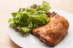 το κοτόπουλο έψησε πικάν&ta Στοκ Φωτογραφίες