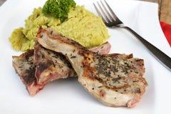 Το κρέας αρνιών με διακοσμεί στοκ εικόνες