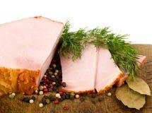 το κρέας που καπνίζεται νόστιμο χωρίζει κατά διαστήματα Στοκ φωτογραφία με δικαίωμα ελεύθερης χρήσης