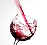 Το κρασί χύνει Στοκ Εικόνες