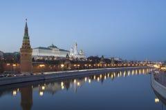 Το Κρεμλίνο από το ανάχωμα στοκ φωτογραφία
