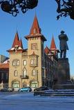 Το κτήριο είναι στο γοτθικό ύφος Θερμοκήπιο στο Σαράτοβ στοκ εικόνα