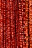 Το κόκκινο διακοσμεί τα περιδέραια με χάντρες στοκ φωτογραφία