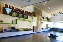 Το κόκκινο κέντρο επισκεπτών φαραγγιών βράχου Στοκ Εικόνες