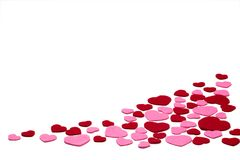 Το κόκκινο και το ροζ αισθάνθηκαν τις καρδιές που απομονώθηκαν σε ένα άσπρο υπόβαθρο - βαλεντίνοι, αγάπη Στοκ εικόνες με δικαίωμα ελεύθερης χρήσης