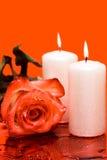 το κόκκινο κεριών αυξήθηκ Στοκ φωτογραφία με δικαίωμα ελεύθερης χρήσης