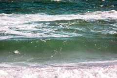 Το κύμα θύελλας θάλασσας, θαλάσσιο υπόβαθρο Στοκ φωτογραφίες με δικαίωμα ελεύθερης χρήσης