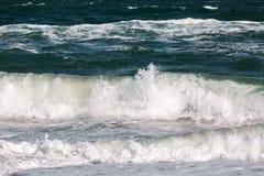 Το κύμα θύελλας θάλασσας, θαλάσσιο υπόβαθρο Στοκ Εικόνες