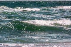 Το κύμα θύελλας θάλασσας, θαλάσσιο υπόβαθρο Στοκ φωτογραφία με δικαίωμα ελεύθερης χρήσης