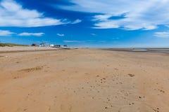 Το κύρτωμα στρώνει με άμμο την παραλία Αγγλία UK Στοκ εικόνα με δικαίωμα ελεύθερης χρήσης