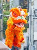 Το λιοντάρι εμφανίζει ευτυχές κινεζικό έτος Στοκ Εικόνες