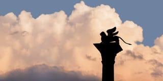 Το λιοντάρι του σημαδιού του ST Στοκ Εικόνες