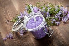 το λουτρό ανθίζει lavender το άλ&al Στοκ Εικόνες