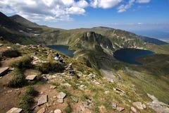 Το μάτι και οι λίμνες νεφρών, οι επτά λίμνες Rila, βουνό Rila Στοκ Φωτογραφίες