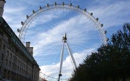 Το μάτι του Λονδίνου ψυχαγωγιών merlin Στοκ Εικόνα