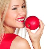 το μήλο τρώει την κόκκινη γυναίκα Στοκ Φωτογραφίες