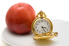 το μήλο τρώει το μεσημερι Στοκ Εικόνα