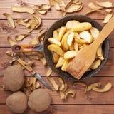 Το μαγείρεμα τηγάνισε τη γαλλική σύνθεση πατατών στοκ εικόνες με δικαίωμα ελεύθερης χρήσης