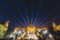 Το μαγικό φως πηγών εμφανίζει στη Βαρκελώνη, Ισπανία Στοκ Εικόνα